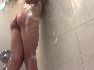femboy recorded in the shower